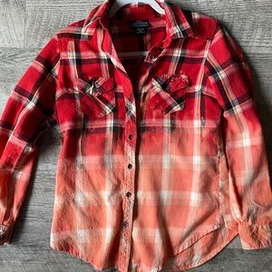💜💜 HANDMADE Uniquely Distressed Flannel - Medium